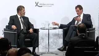 Mohamed Mursi redet in Berlin