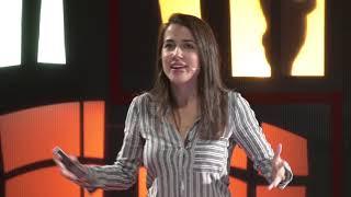 A nadie le importa la verdad | Rocío Vidal | TEDxMálaga
