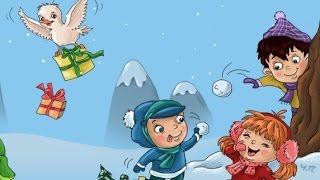 дети резвятся играют в снежки