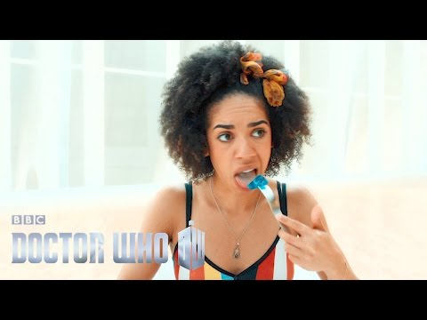 Doctor Who: Pearl jellies out - Smile - Series 10 Episode 2 - BBC One