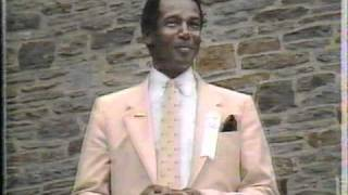 Repeat youtube video 1986 Baseball Hall of Fame Ceremony 1/2