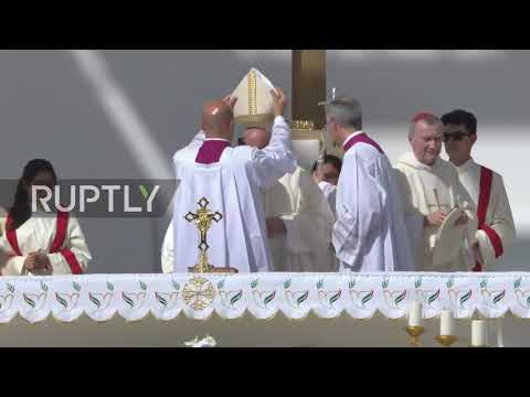 UAE: More than 130,000 gather for historic Pope Francis Mass in Abu Dhabi