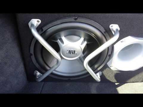 volvo v40 jbl sound alpine bass boy i love big speakers