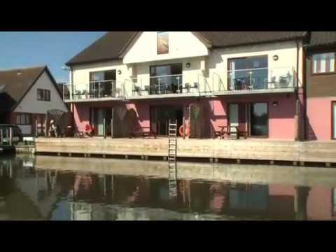 Ferry Marina waterside holidays