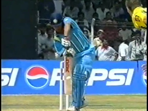 Sachin Tendulkar 62 Off 38 Balls Vs Australia 2001 | India Vs Australia 4th ODI 2001 At Vizag