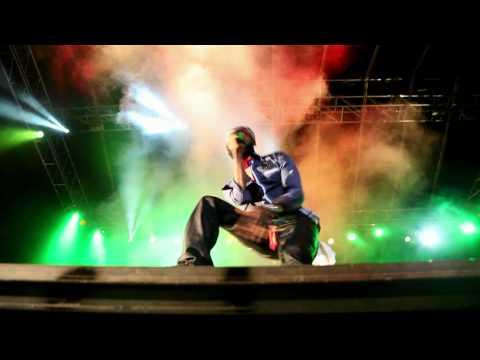 LUTAN FYAH - Be Careful (Still Dre) LIVE ! @ Uprising 2011