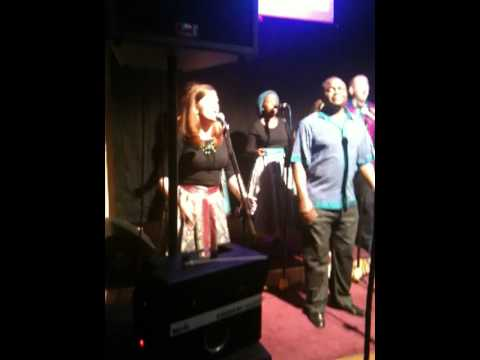 Discovery Gospel Choir. Iyin ye olorun wa