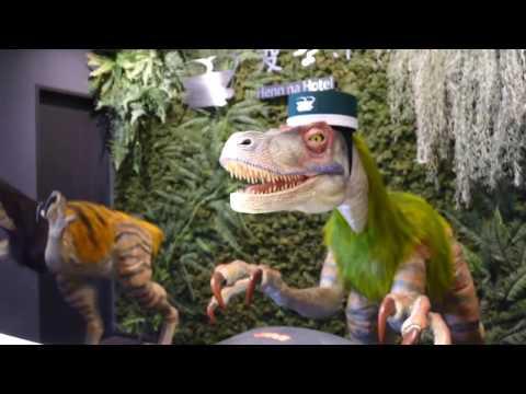 Robotic dinosaur receptionists at Henn na Hotel Maihama Tokyo Bay [RAW VIDEO]