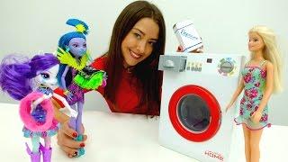 Видео для детей. Веселая Школа. Стирка с Барби.