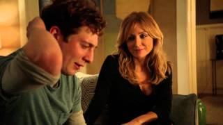 Sasha Alexander Shameless S05E09 Lip visits Helene