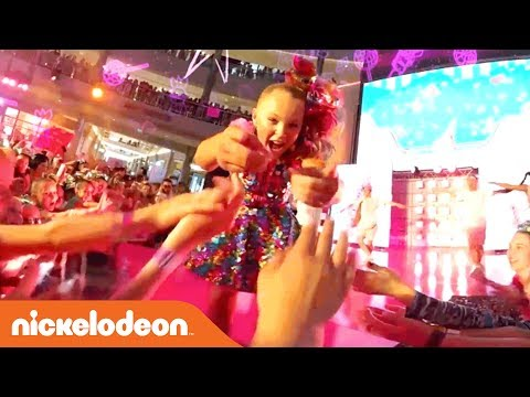 JoJo Siwa 360° Video 'Kid in a Candy Store' Live Performance | Nick
