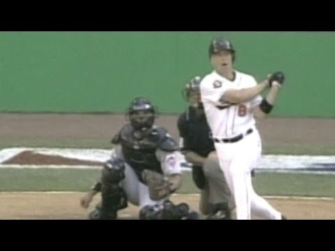 2001 ASG: Cal Ripken homers in final All-Star Game