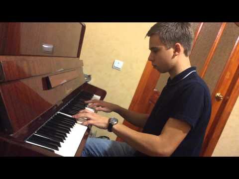 Лично сочинённое произведение на фортепиано.(Музыка)