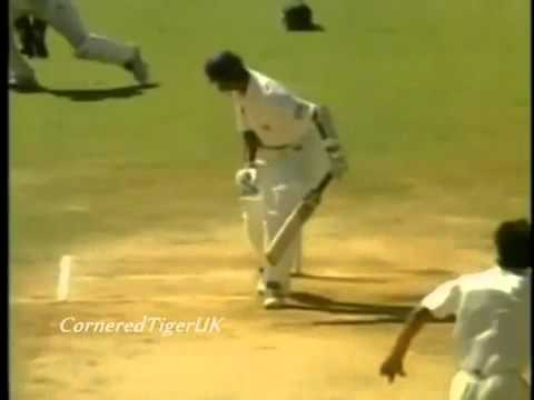 Wasim Akram Sultan Of Swing Vs Rahul Dravid