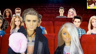 Queen Elsas Teen Daughter First Date at The Movies - Princess Doll Story Royal High Ep.9