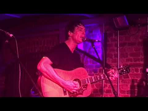 Twisted Wheel - Jonny Brown acoustic (3 songs) - Exeter Cavern - 09-05-18