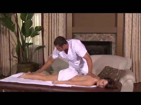 Katrina kaif showing boobs