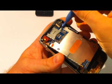 iPhone 3G and 3GS Battery Replacement Guide - Fix it Yourself!