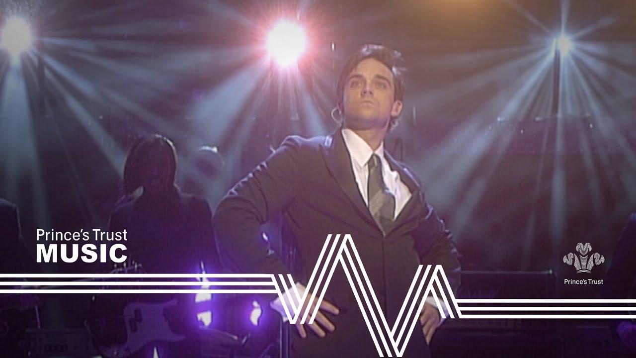 Download Robbie Williams - Feel (The Prince's Trust Fashion Rocks 2003)