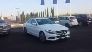 Parcheggiare senza problemi con Mercedes-benz