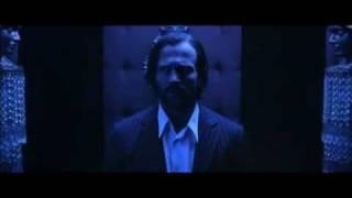 """Просветление. Сцена в лифте из фильма """"Револьвер""""."""