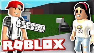 BUILDING A NEW HOUSE! - ROBLOX