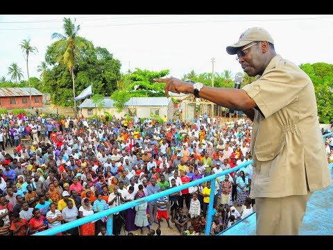 Mbowe Atua kwenye Jimbo la Lissu Kwa kishindo wananchi wampokea kama Mfalme mwenyewe afunguka mazito