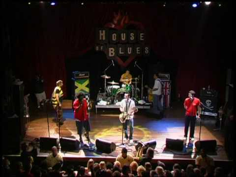 Reel Big Fish -  Valerie And So Lonely (Live)