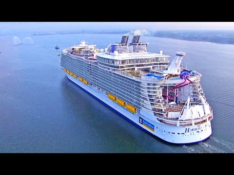 Harmony of the Seas inside - Royal Caribbean. Cruceros / Cruises, Cruise ship, tour travel