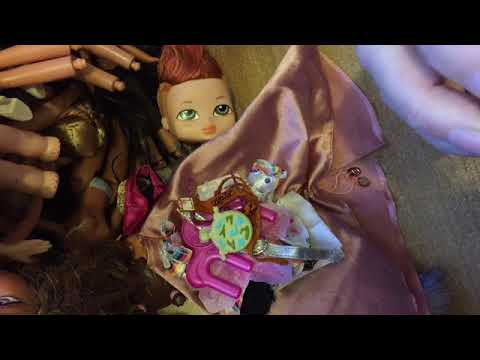 HUGE BRATZ HAUL WITH DOLLS BAGS AND CLOTHES
