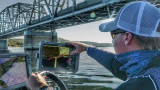 How to Fish Deep Bridge Pilings for Bass