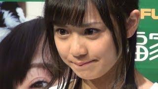 2013年4月20日 新宿・福家書店 アイドルグループ「PASSPO☆」の奥仲麻琴...