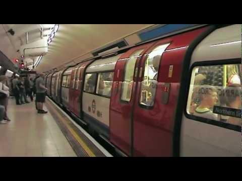 London Underground: Charing Cross (Trafalgar Square) (Tube Station) (2009)