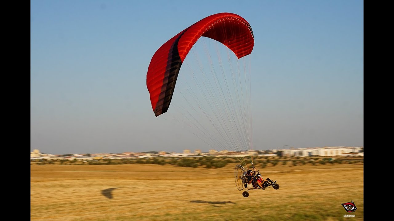 Test-flying the Sol Hercules 380, tandem paraglider for