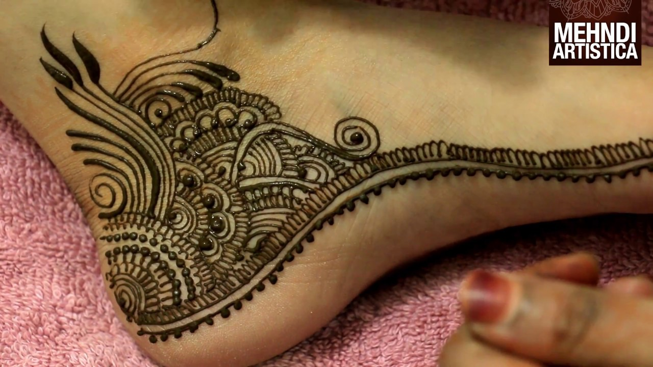 Pretty Henna Foot Designs