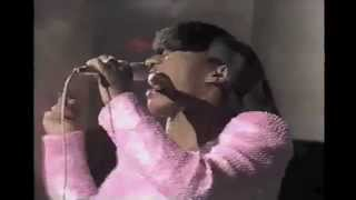 Stephanie Mills-Never Knew Love Like This Before Live at The AMA
