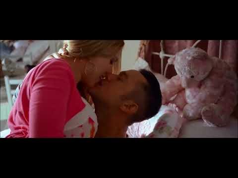 Scarlett Johansson Kissing s