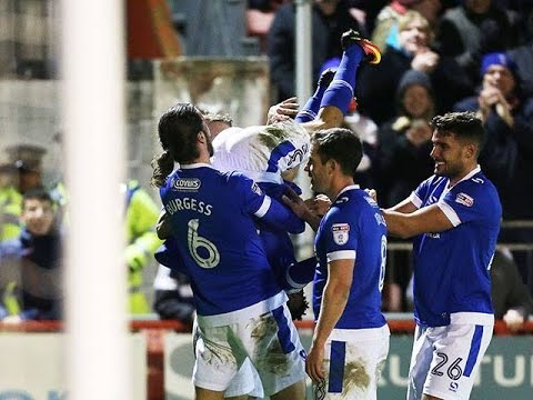 Highlights: Crawley Town 0-2 Portsmouth