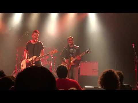 Aziz Ansari performing Metallica Guitar Covers