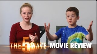 The 5th Wave Movie Review: Teenage love triangle crossed with Independence Day?