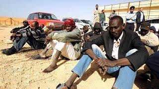 Мигрантам, перехваченным в Ливии, помогли зимней одеждой (новости)