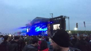 Muse - Hysteria Live Download Festival 2015 Clip