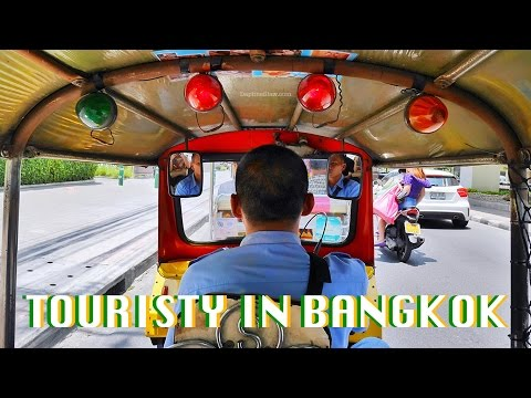Being a Tourist in Bangkok | Grand Palace, Wat Pho, Asiatique | Daphy Wanders