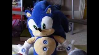 Sega Prize Europe Sonic X Sonic the Hedgehog MP3 Player Plush Review