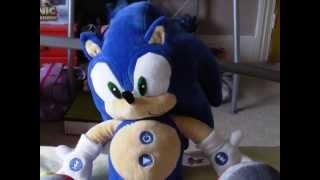 Sega Prize Europe Sonic X Sonic the Hedgehog MP3 Player Plush Review