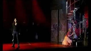 Zásnubní terčet - muzikál Angelika