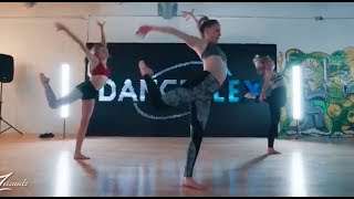 Hold Me While You Wait - Alexa Moffet Choreography f.t. Brynn Rumfallo