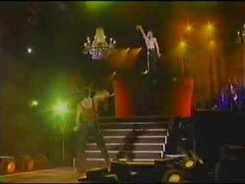 Madonna-Spanish Lullaby Live