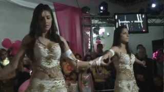 Baile de Las Gemelas Gitanas Danitha y Rossy
