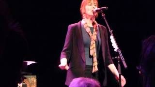 Suzanne Vega - Jacob And The Angel (new song) - live Freiheiz Munich 2014-02-11
